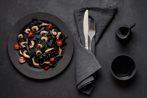 Food photography to attract customers